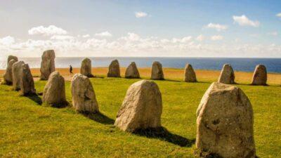 ale stenar med utsikt